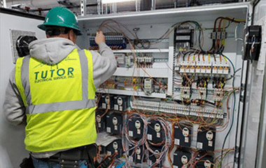 Residential Electrician in Mansfield, TX
